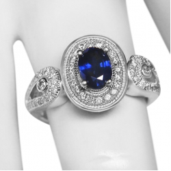 new ladies 1.41tcw blue sapphire and diamond ring-14k white gold-valued at $3800