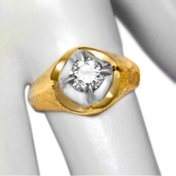 ladies estate .57ct diamond and 14k gold ring - lovely design- valued at $3800