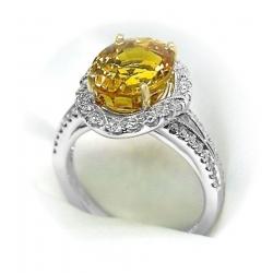 ladies 6.81 carat golden/yellow sapphire 18k white gold ring with diamond halo