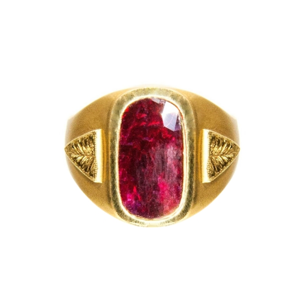 9.04 ct Unheated Ruby + 18 K Gold Men's Ring – AIGS Certificate